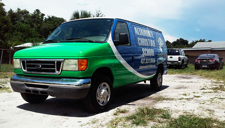 Sign-O-Saurus Custom Vehicle Wraps